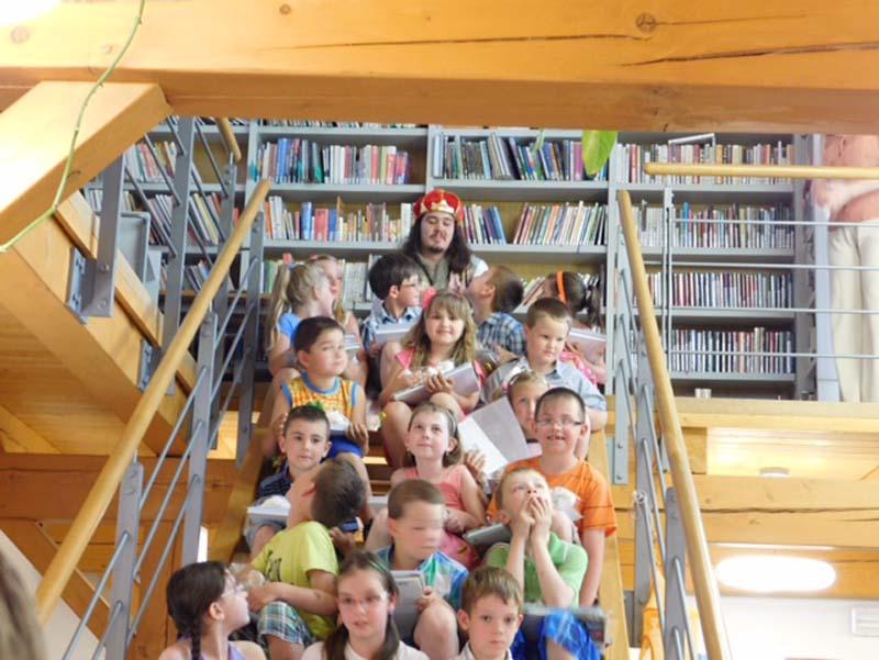Pasování prvňáčků na čtenáře ve školním roce 2014 – 2015