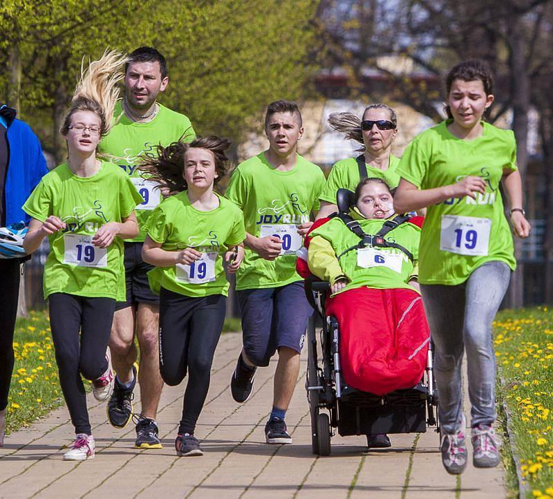 Běželi jsme pro handicapované děti