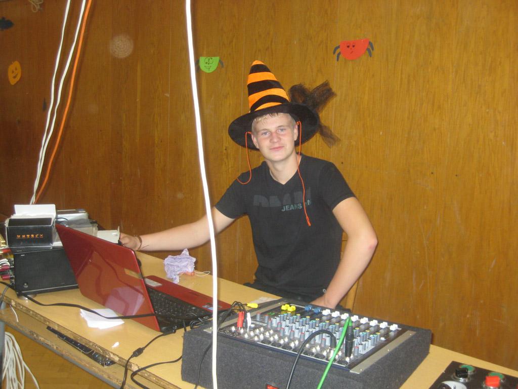 Halloweenská diskotéka -  2. 11. 2012