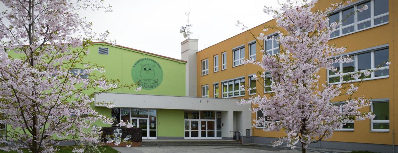 Základní škola a Mateřská škola Neplachovice