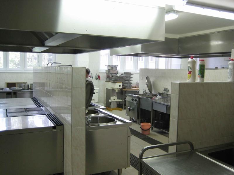 Výběrové řízení na místo vedoucí školní jídelny
