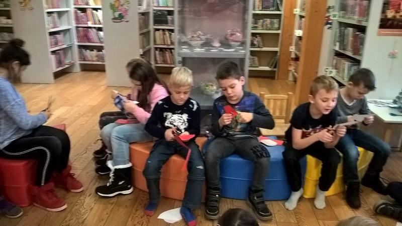 Návštěva knihovny v předvánočním čase